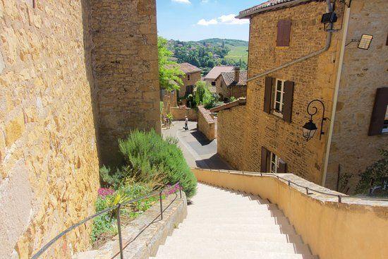 village-oingt